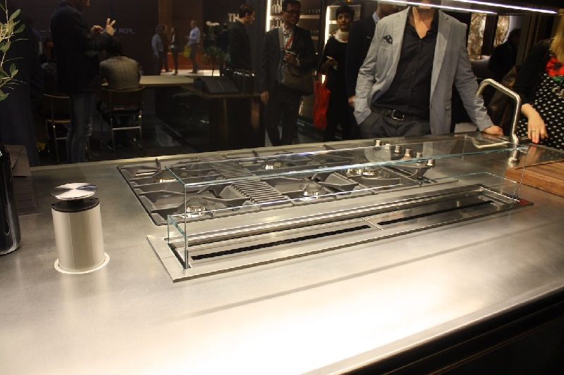 Arclinea-stainless-kitchen-steel